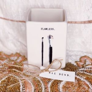 Rae Dunn Flawless Makeup Brush Holder